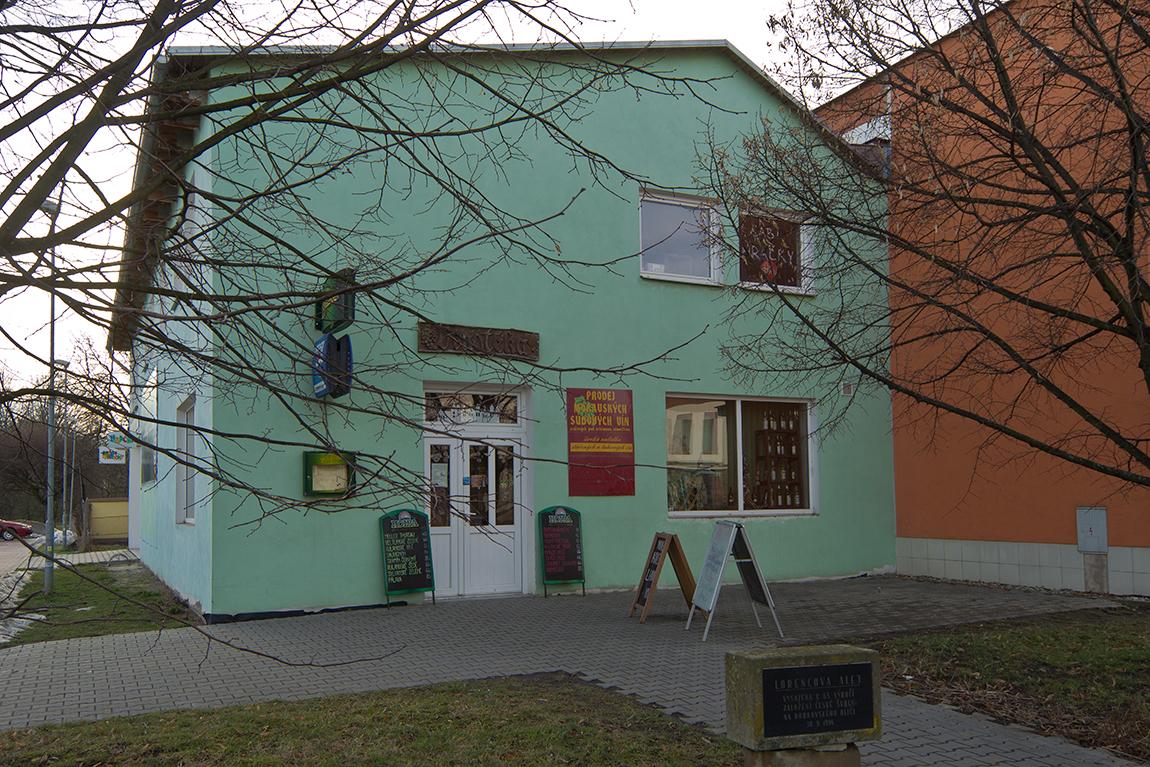 Pronájem objektu v obchodní zóně Lanškroun
